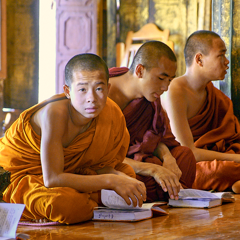 Moi,es au monastère Swe Yan Prae
